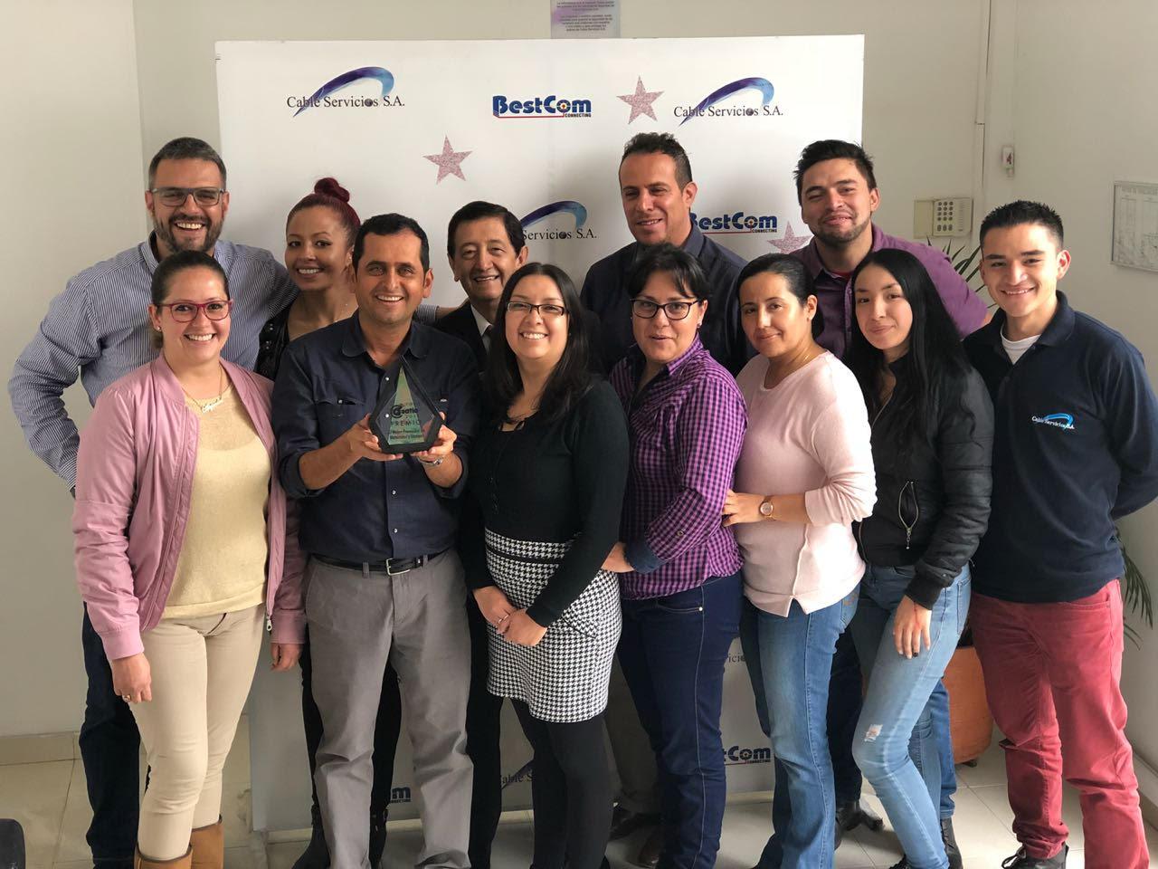 Cable Servicios S.A. dedica Premio al Mejor Proveedor de Materiales y Equipos a sus trabajadores y agradece a sus clientes